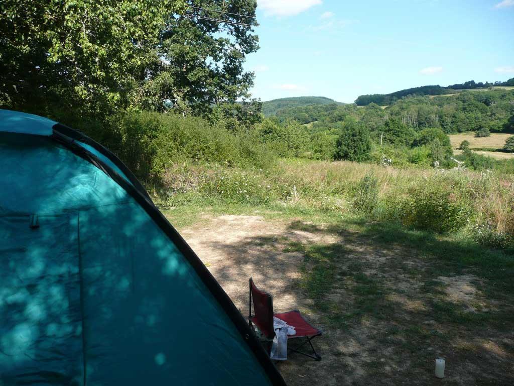 Lotussy Centre de Ressourcement - Een mooie, rustige kampeerplaats in het groen.